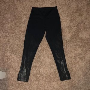 zella 3/4 length black leggings (with shine)